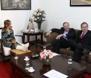 Eymael em reunião com a Prefeita de Ribeirão Preto, Dárcy Vera.