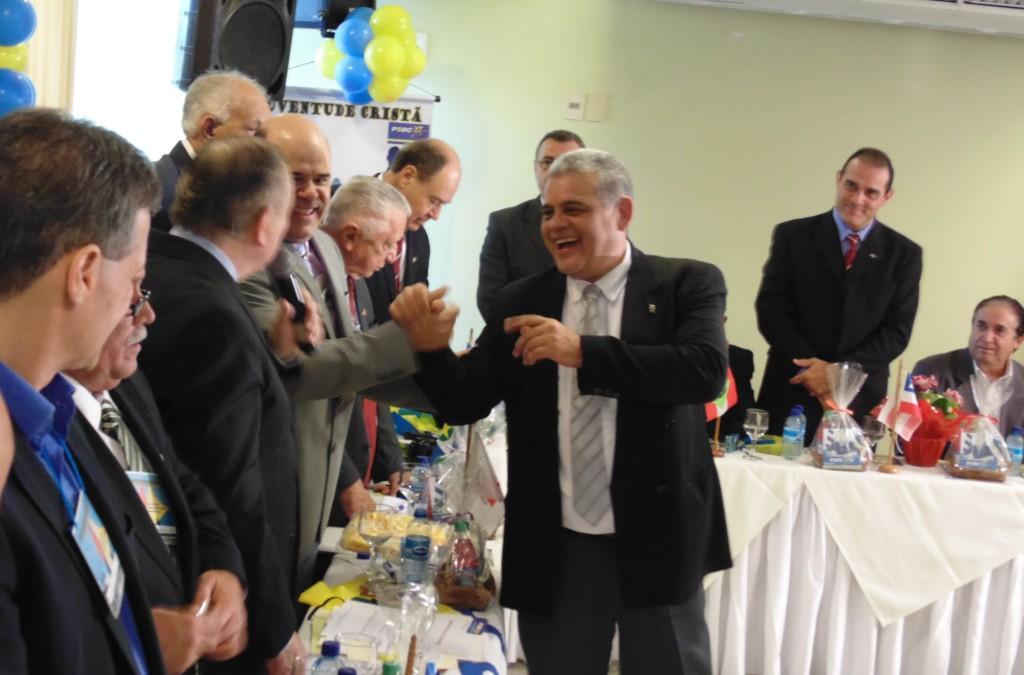 O jornalista Armando Barreto no momento dos agradecimentos pela cerimônia de filiação realizada durante o encontro. (Foto: Assessoria de Imprensa PSDC)