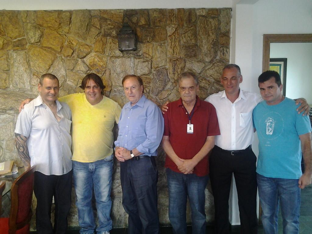 Eymael e correligionários com o Prefeito de Ilha Comprida, o segunda da esquerda para direita, ao lado do Presidente Nacional do PSDC, Décio José Ventura.