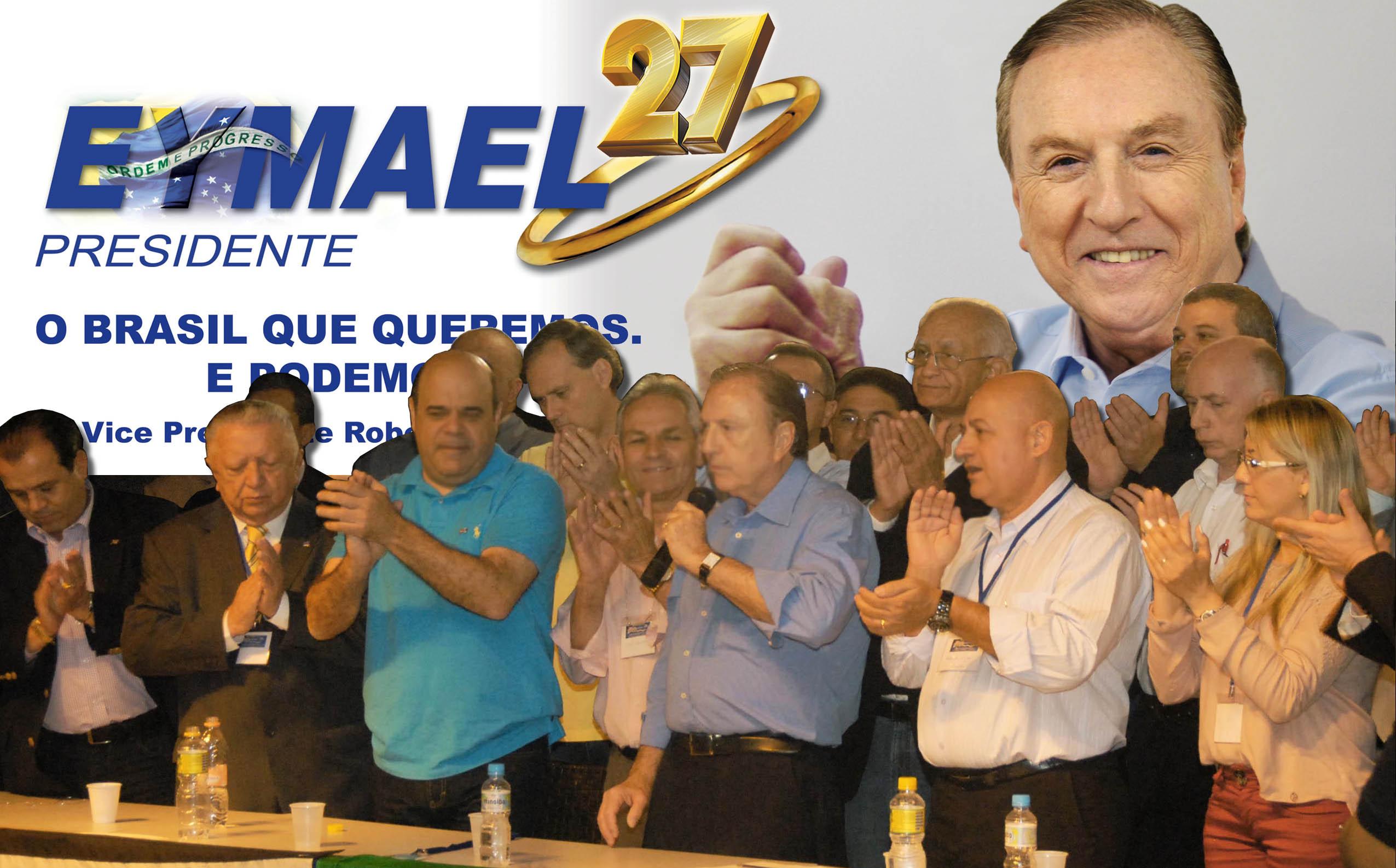 As lideranças Democrata Cristãs aplaudem discurso de Eymael. (Foto: Comunicação PSDC)