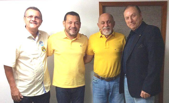 Em Belém do Pará esteve com o governador Simão Jatene, o vereador do PSDC, Mauro Freitas, o Presidente Estadual Abrãao Benessuly e demais correligionários.
