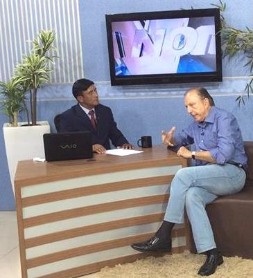 A hora do eleitor: Eymael concede entrevista a uma emissora de televisão do Acre.
