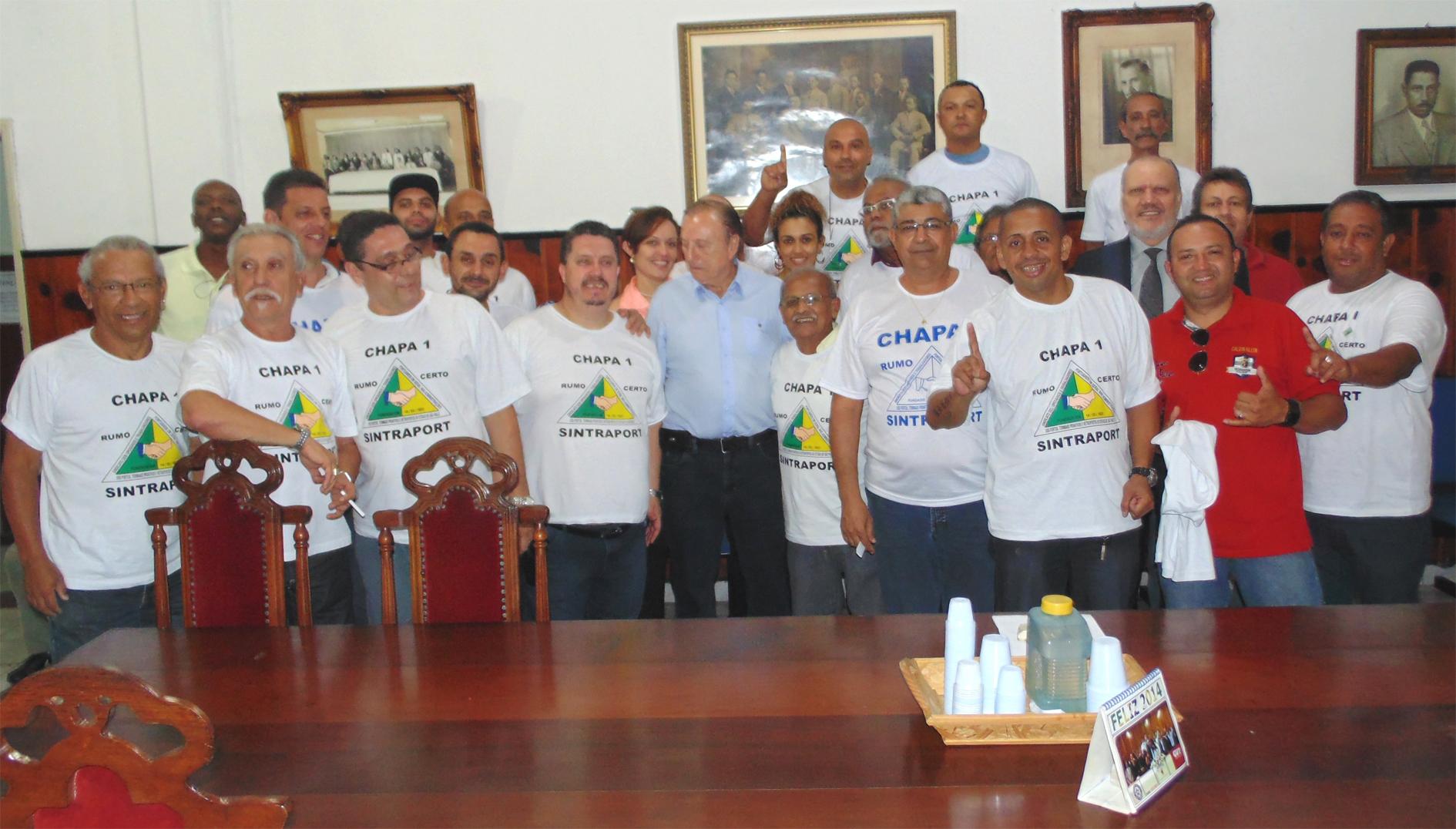 Com a Diretoria do Sindicato dos Portuários de Santos. Reunião histórica.