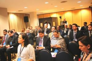 Auditório lotado para as palestras do Foro Internacional Nuevos Desafios.
