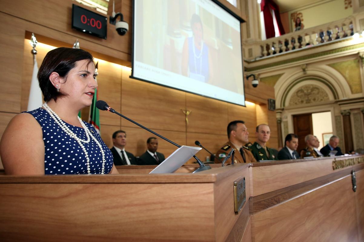 Vereadora Fabiane Rosa eleita em Curitiba (PR)